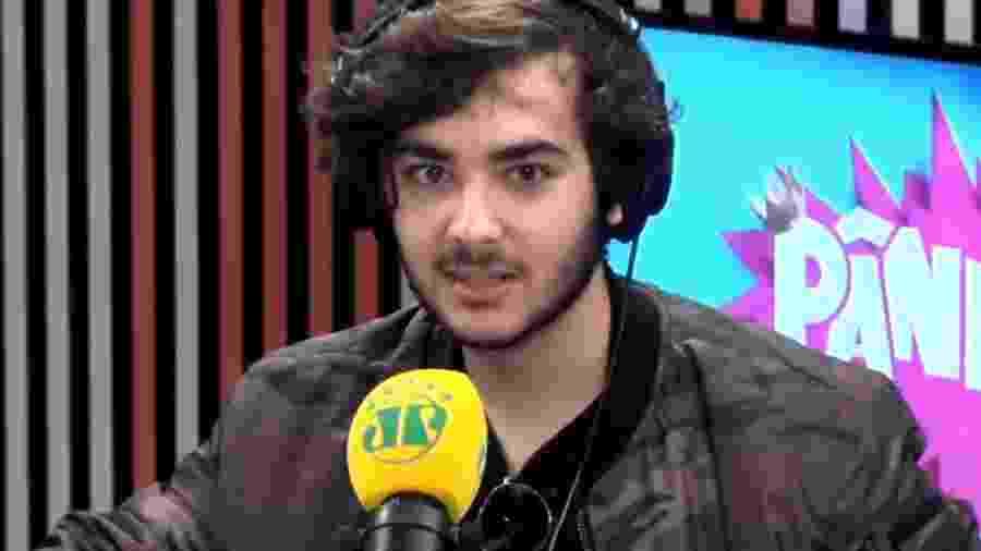 """Luca Bueno, filho de Galvão, comenta treta com Lucas Jagger em entrevista ao """"Pânico"""" - Reprodução/YouTube/Pânico Jovem Pan"""