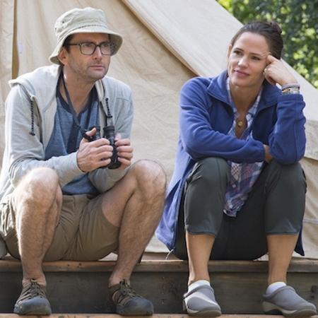 """David Tennant e Jennifer Garner na série """"Camping"""", da HBO - Divulgação"""