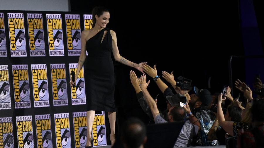 Angelina Jolie no painel da Marvel para falar de Os Eterno na San Diego Comic Con - Chris Delmas / AFP
