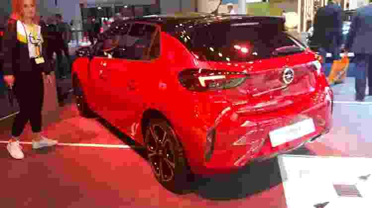 Design do novo Corsa é bem esportivo e até foge um pouco do padrão de seus antecessores - Vitor Matsubara/UOL
