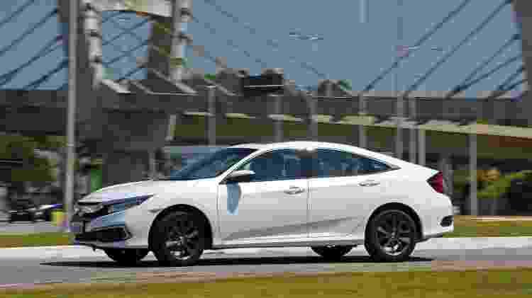 Civic Touring acaba de chegar à linha 2020 com mudanças discretas na grade e na base do para-choque frontal - Murilo Góes/UOL