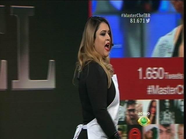 15.set.2015 - Preta Gil recebe convidados como Milton Neves, Gominho e Rosana Hermann para a prévia do programa