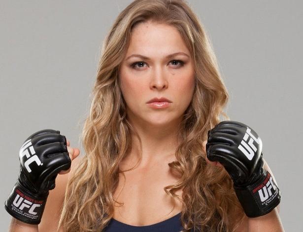 """A lutadora será capa do jogo """"UFC 2"""" - Reprodução"""