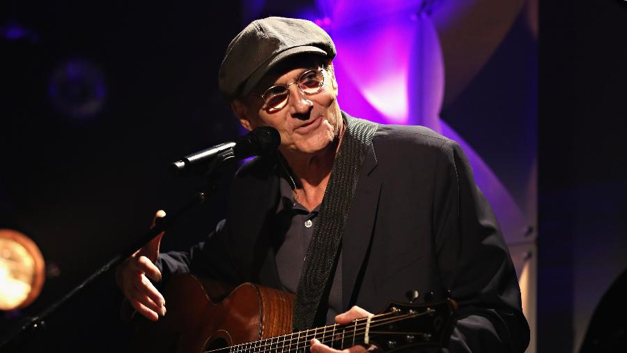 O cantor e compositor americano James Taylor - Cindy Ord/Getty Images
