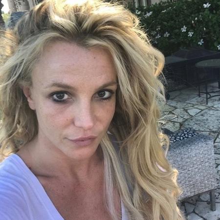 Sem maquiagem, Britney Spears brinca com os fãs ao falar de seu visual fora dos palcos  - Reprodução/Instagram/britneyspears