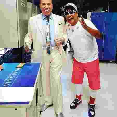 Liminha posta foto com Silvio Santos com look despojado - Reprodução/Instagram