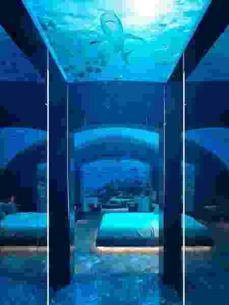 O bangalô submerso tem diárias com preços bem salgados - Divulgação/Conrad