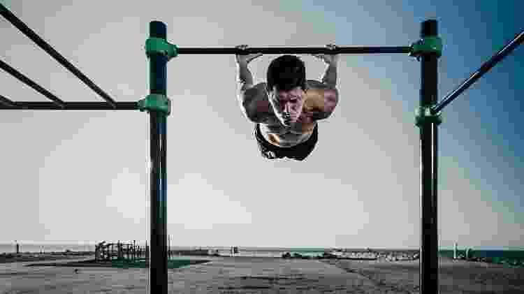 calistenia, treino com o peso do corpo, exercício - iStock - iStock