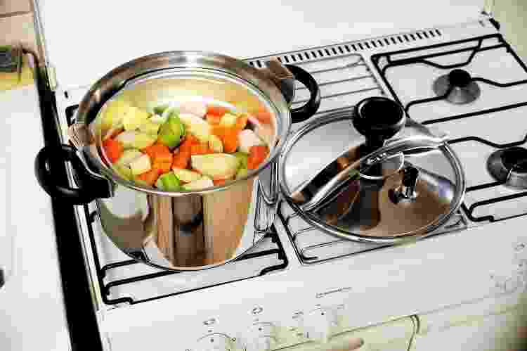 Antes de usar a panela de pressão, saiba tudo o que ela pode fazer na cozinha - Getty Images - Getty Images