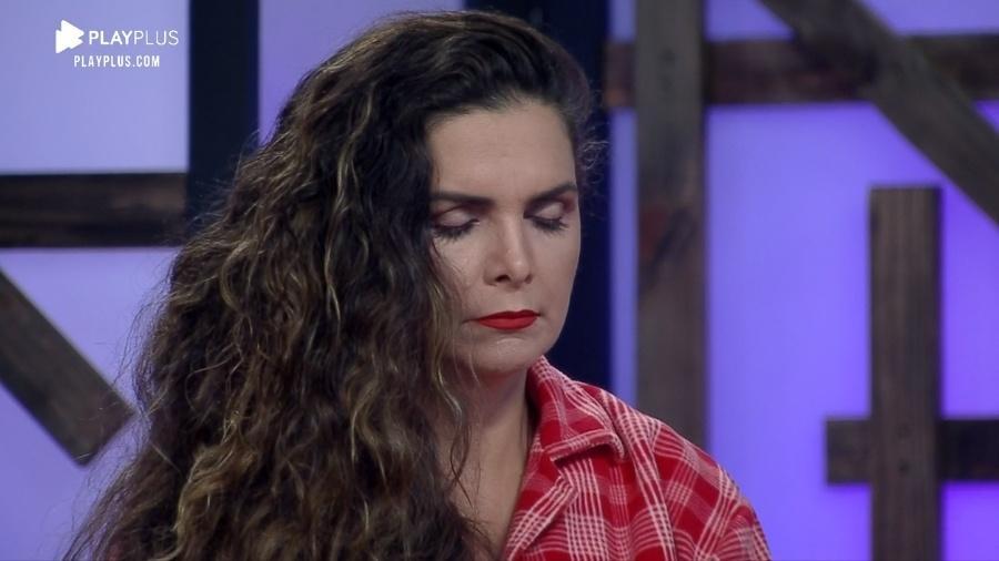 A Fazenda 2020: Luiza Ambiel é puxada para roça - Reprodução/Playplus