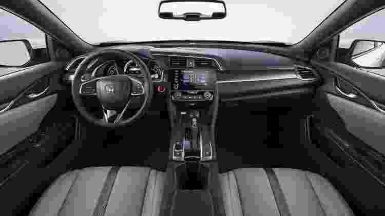 Civic LX 3 - Divulgação - Divulgação