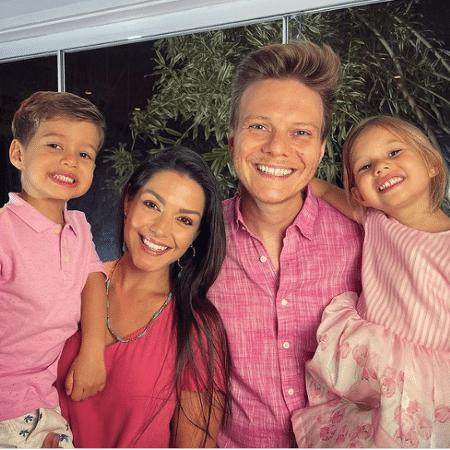 Michel Teló, Thaís Fersoza e os filhos Melinda e Teodoro  - Instagram/Michel Teló