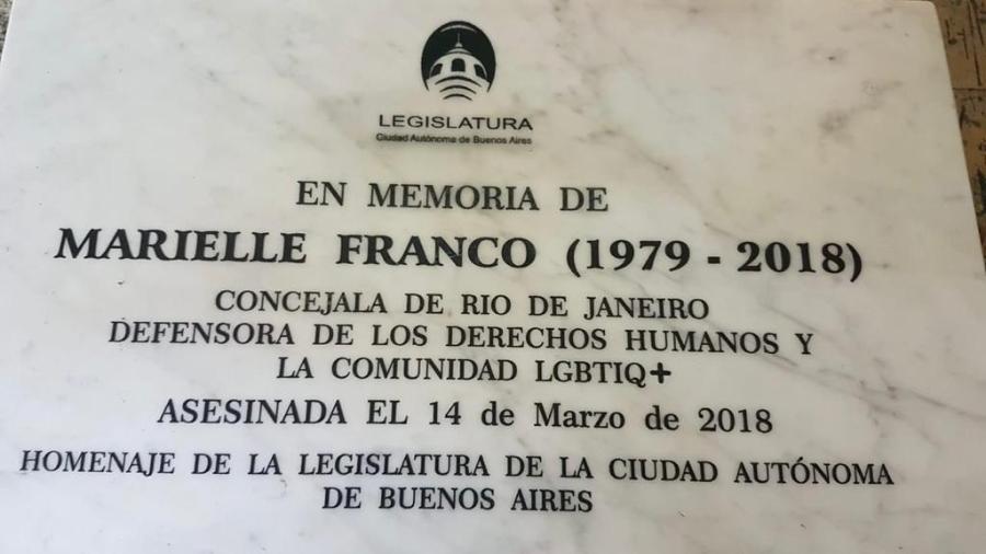 """Placa em homenagem à vereadora brasileira Marielle Franco será instalada na estação """"Rio de Janeiro"""" do metrô de Buenos Aires - Divulgação"""