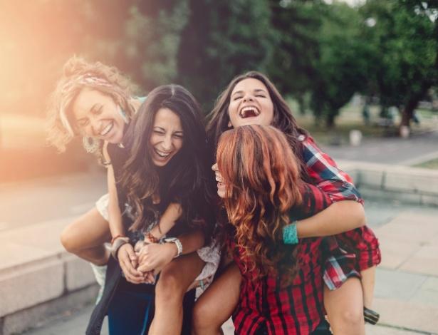 Não ter amigos faz tão mal quanto não praticar exercícios físicos - Getty Images