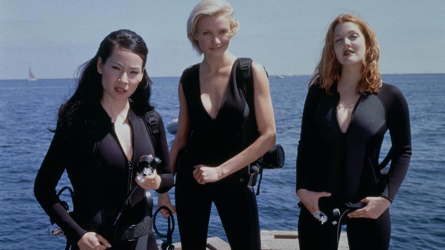 """Lucy Liu, Cameron Diaz e Drew Barrymore em cena do filme """"As Panteras"""" (2000) - Reprodução"""