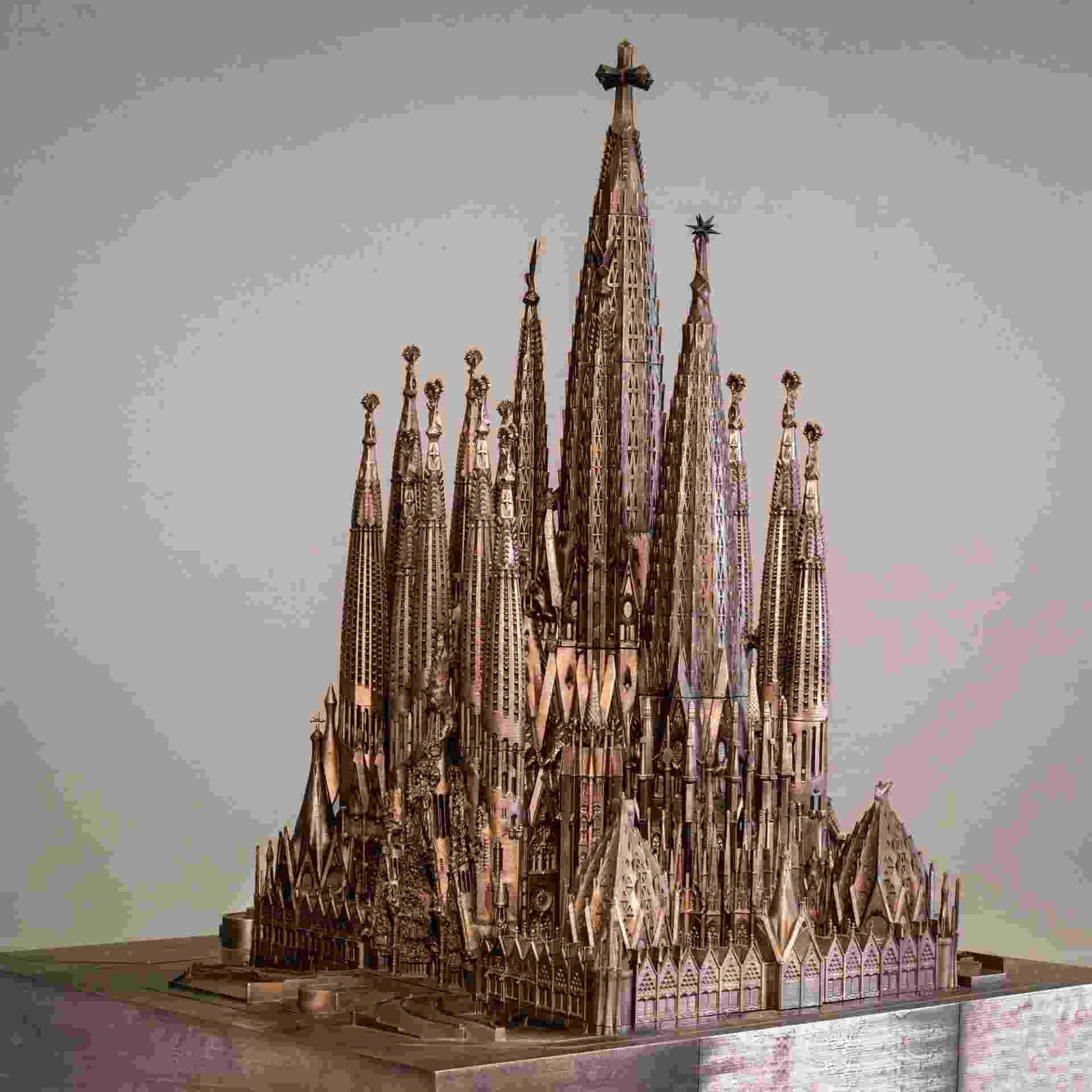Maquete do conjunto da Basílica da Sagrada Família. Obra-prima de Gaudí, o templo católico localizado em Barcelona estará retratado em diversas maquetes na exposição do arquiteto catalão no Instituto Tomie Ohtake, em São Paulo - Divulgação/© Basílica de la Sagrada Família