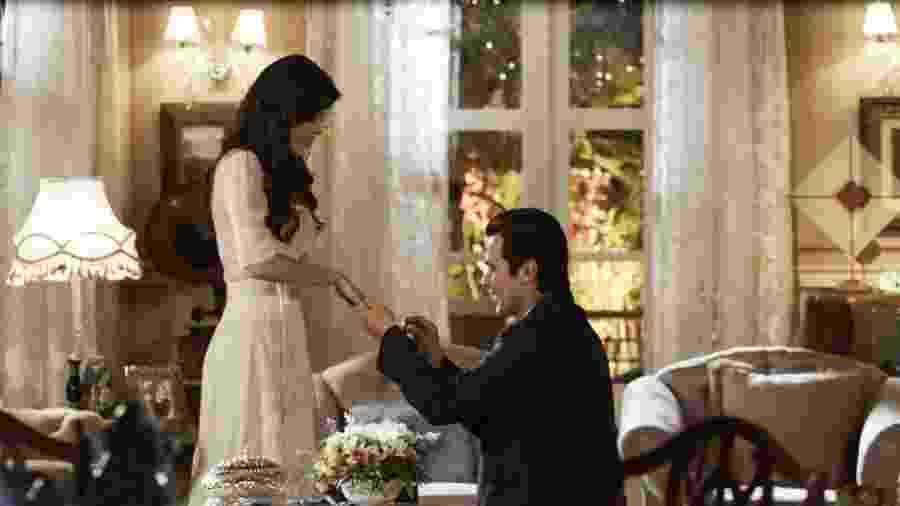 Vicente pede Maria Vitória em casamento - Reprodução/Gshow