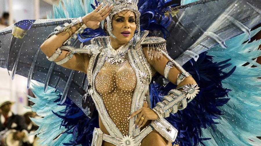 Raissa Machado, rainha de bateria da Unidos de Viradouro, em desfile pela Série A do Carnaval Carioca - André Fabiano/Código19/Folhapress