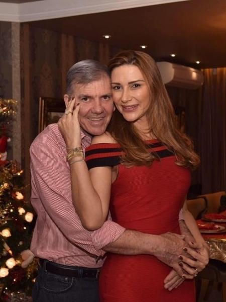 Lilian Calixto gostava muito de viajar com o marido, o empresário Osmar Jamberci, com quem estava há 19 anos - Reprodução/Facebook