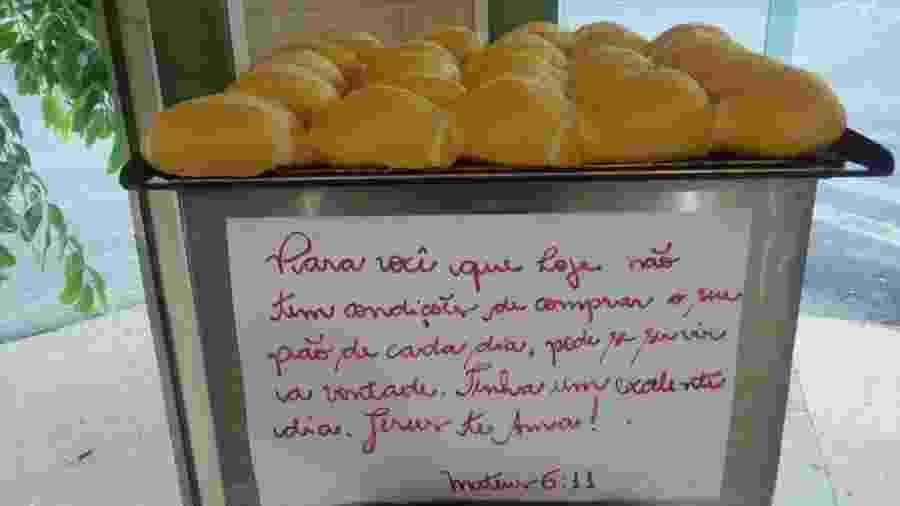 Padre Fábio de Melo se emociona com padaria que doa pães a pobres - Reprodução/Instagram