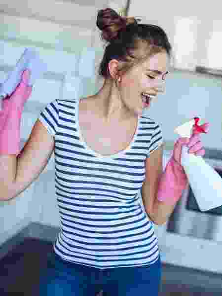 Faxina em casa, limpeza de energias: tudo pronto para 2020! - Vasyl Dolmatov/Getty Images/iStockphoto
