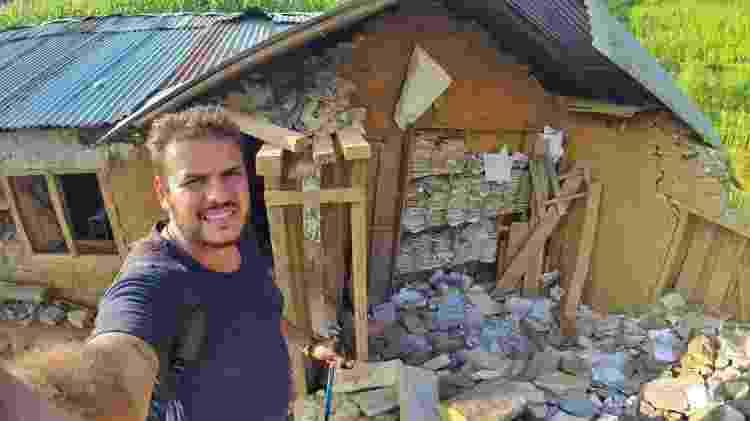 Danniel na reconstrução de casas atingidas por terromoto no Nepal - Arquivo pessoal - Arquivo pessoal