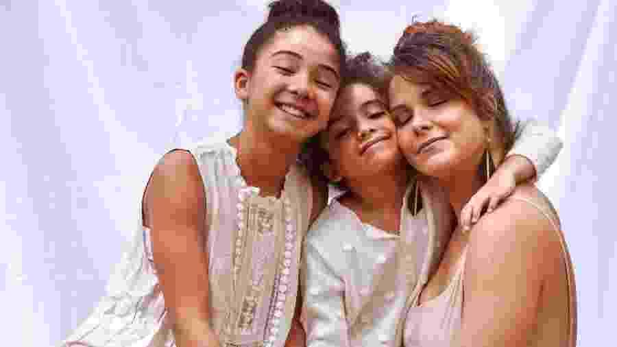 Samara Felippo publicou foto com as filhas - Reprodução/Instagram @sfelippo