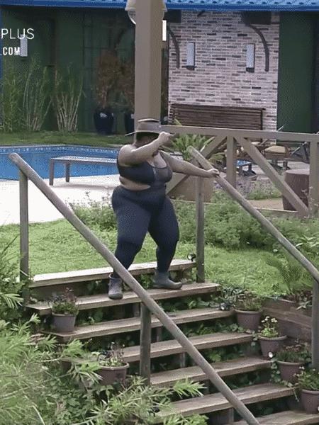 A Fazenda 2020: Jojo Todynho dança na sede da casa antes de delegar tarefas aos peões - Reprodução/RecordTV