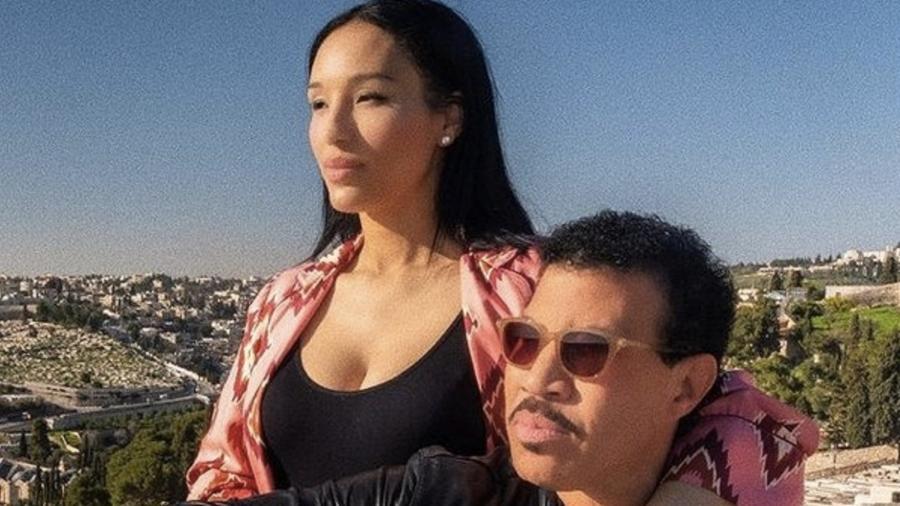 Lionel Ritchie e a namorada, Lisa Parigi: 40 anos de diferença entre eles - Reprodução/Instagram