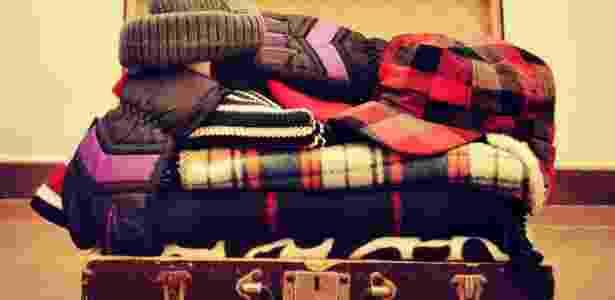 Certifique-se de que as roupas de inverno estão limpas e secas antes de guardá-las - Thinkstock