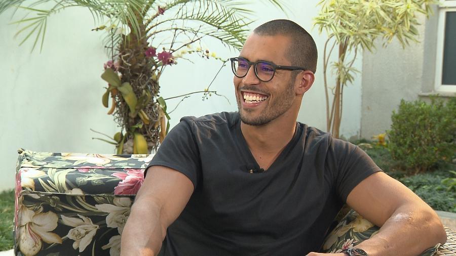 Rodrigo West, filho de Sidney Magal, diz que está adorando o assédio  - Divulgação/TV Record