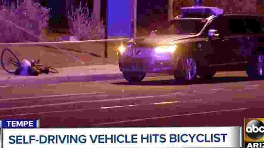 Carro autônomo da Uber se envolveu em acidente que matou pedestre que segurava bicicleta - Reprodução/ABC