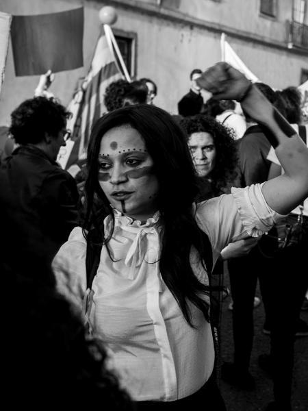 Luciana em protesto do Dia de Mulher em Coimbra - Luciana Camargo/Arquivo pessoal