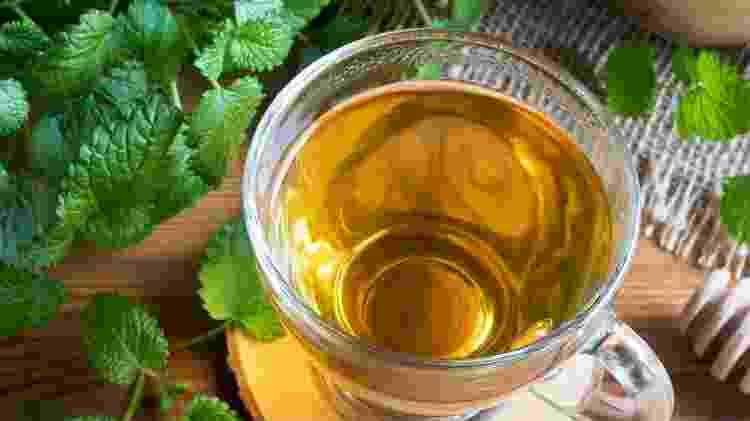Chá de erva cidreira  - Istock  - Istock