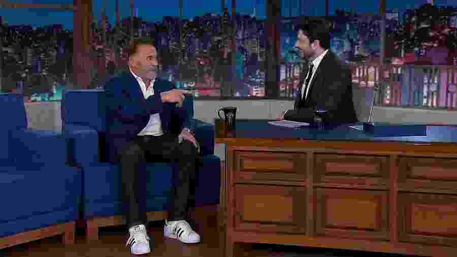 Danilo Gentili entrevista Arnold Schwarzenegger no The Noite - Divulgação/SBT