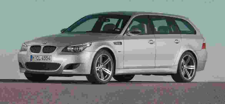 Perua esportiva BMW? Só se for a M5 Touring de 2005 - a vez é dos SUVs - Divulgação