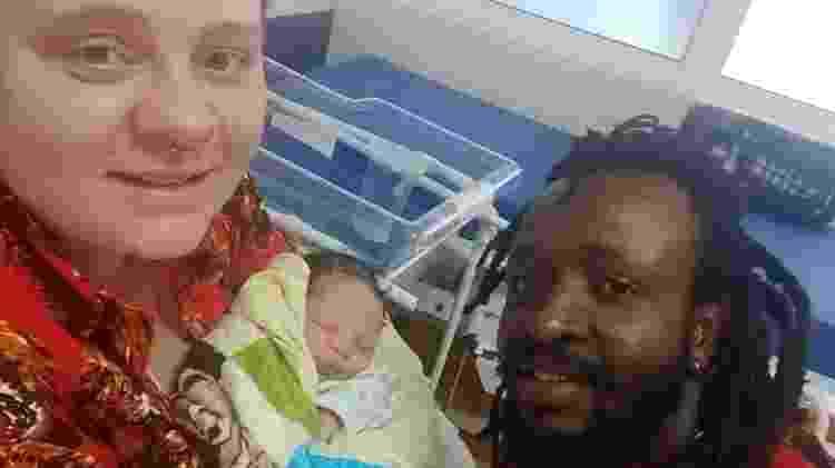 A família completa ainda no hospital - Arquivo Pessoal