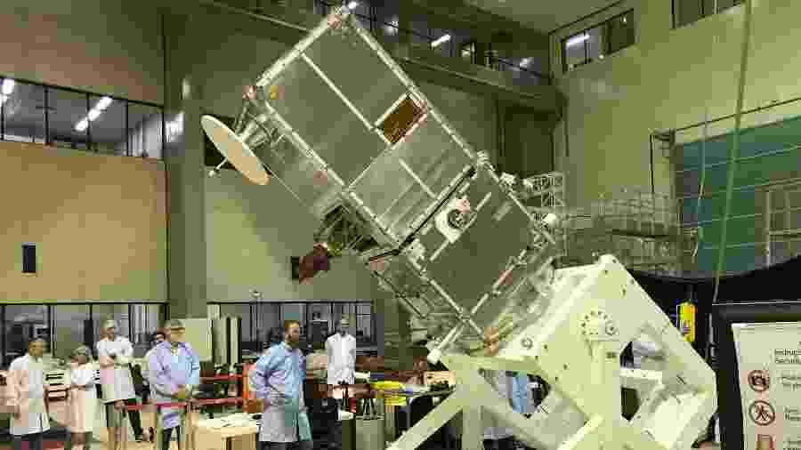 Satélite Amazônia-1 é desenvolvido inteiramente no Brasil por engenheiros e cientistas do INPE - Divulgação/INPE