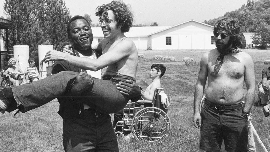"""Cena do documentário """"Crip Camp: Revolução pela Inclusão"""" - Divulgação"""