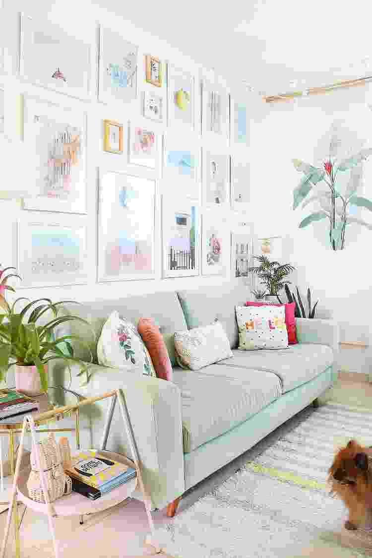 Cores mais leves da decoração contrastam com as paredes mais vibrantes - Arquivo Pessoal - Arquivo Pessoal