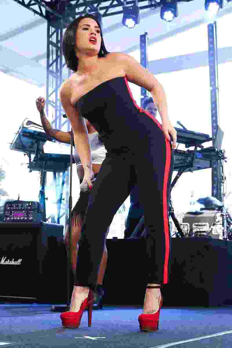 20.out.2015 - Demi Lovato faz show para convidados em São Paulo. - Manuela Scarpa/Photo Rio News