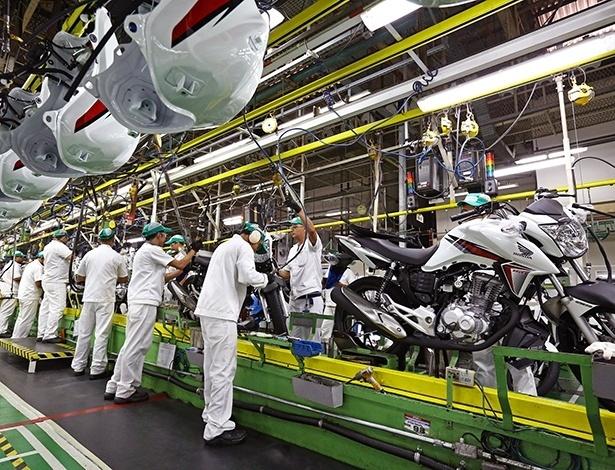 Produção de motos da Honda, em Manaus (AM): duas unidades por minuto em 2014 - Divulgação