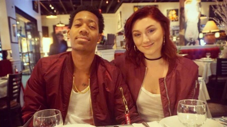 """Tyler James Williams, astro de """"Todo Mundo Odeia o Chris"""", durante jantar com a namorada - Reprodução/Instagram/annyawesome"""