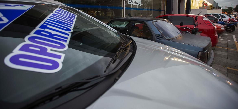 Lombada irregular, crime contra o carro e o meio ambiente
