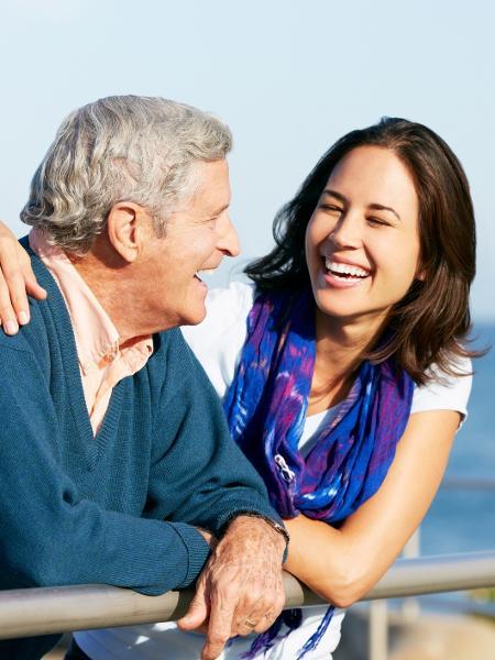 Quando a relação paterna cria boas memórias, pode influenciar os relacionamentos amorosos da vida adulta - Getty Images