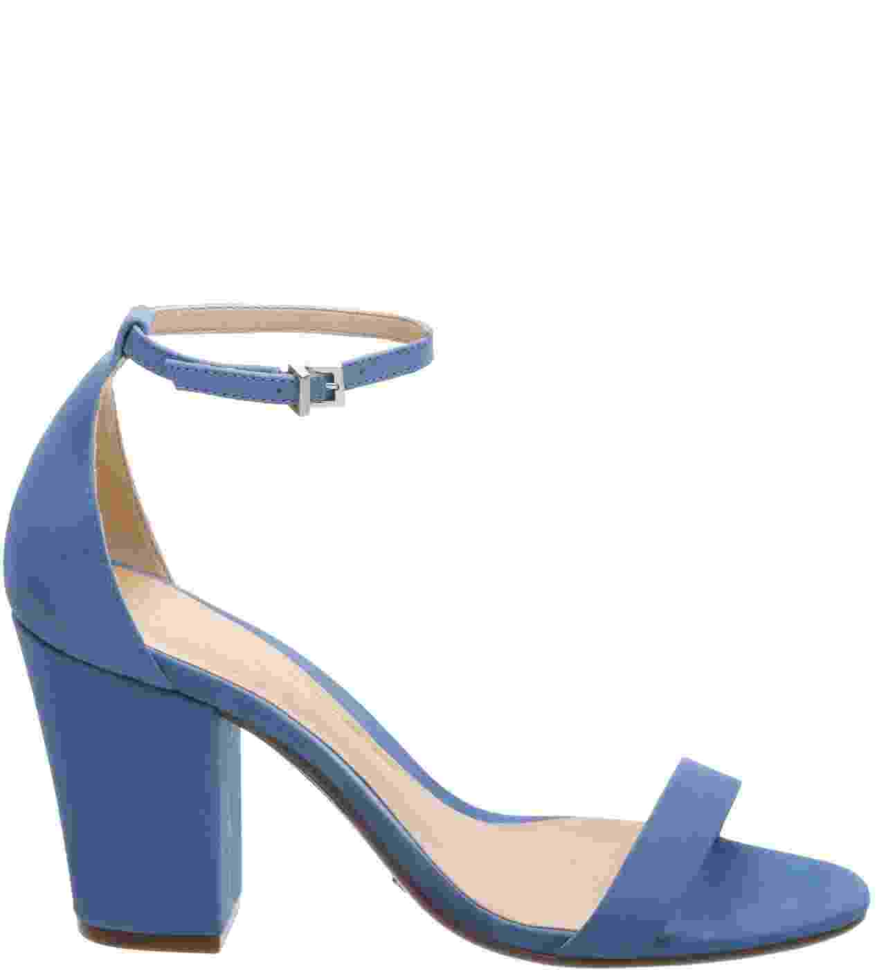 Sandália azul, R$ 280, Schutz, schutz.com.br - Divulgação