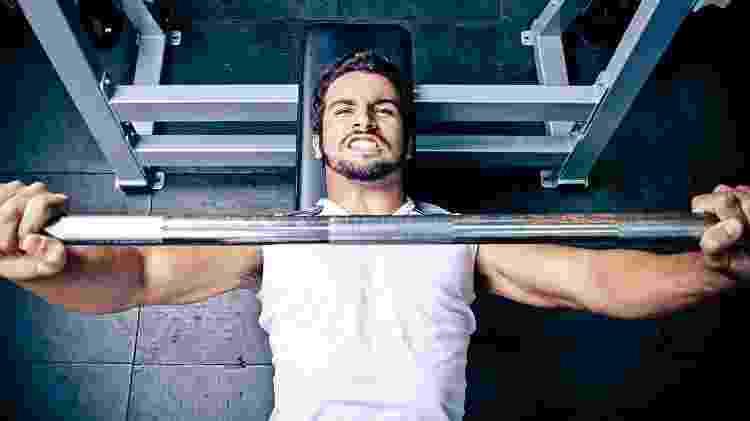 treino, supino, exercício, musculação - iStock - iStock