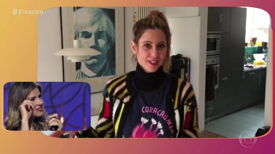 Mariana Santos chora com depoimento da irmã, Raquel, que mora na Alemanha - Reprodução/TV Globo