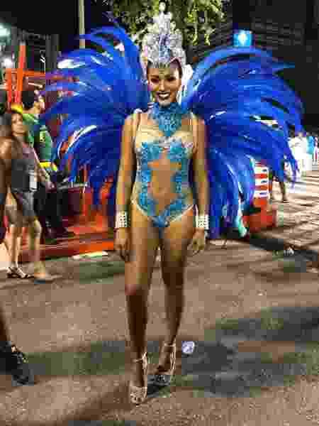 A atriz Sheron Menezzes, que abre o desfile da Portela - Monique Arruda / UOL