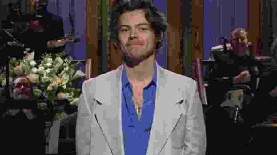 Harry Styles apresenta o Saturday Night Live - Reprodução/Twitter